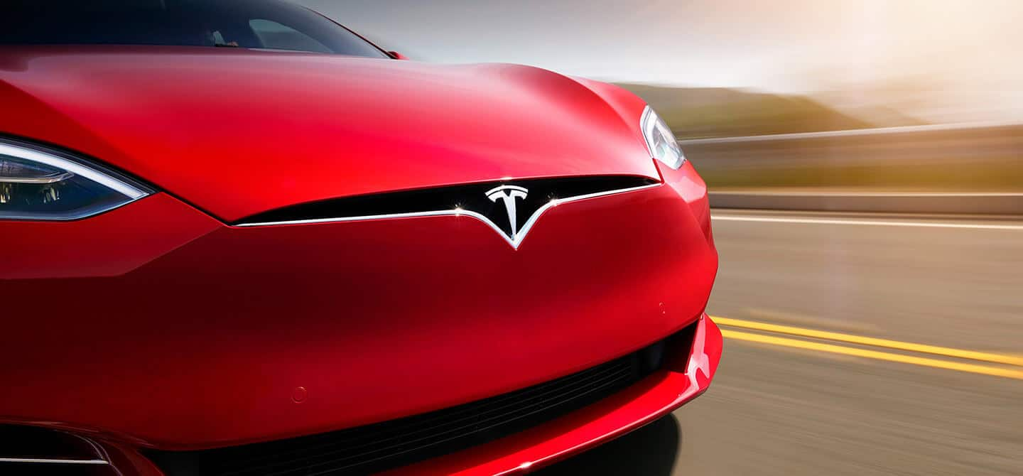 Tesla Will Be The First Automaker To Lose Federal Tax Credit For Electric Cars